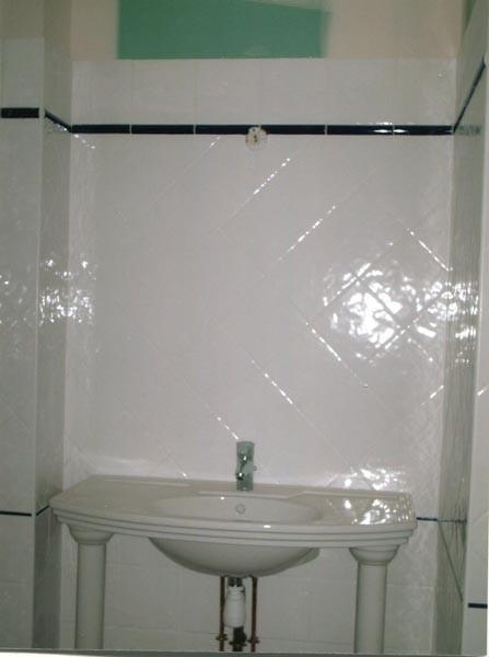 Poser de la faience dans une salle de bain 2 meilleures for Pose de faience dans une salle de bain